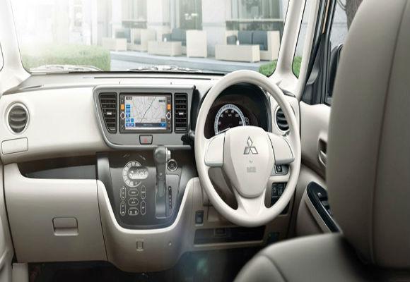 Mitsubishi EK Wagon M Moving Passenger Seat