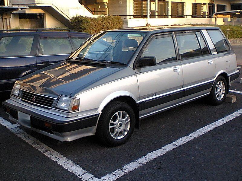 Mitsubishi_Chariot Мицубиси Шариот