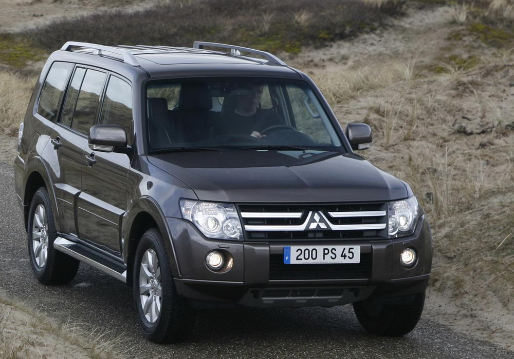 MITSUBISHI PAJERO LONG SUPER EXCEED