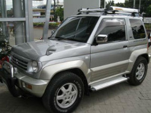 Mitsubishi Pajero junior ZR