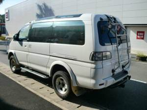 mitsubishi-delica-space-gear-super-exceed