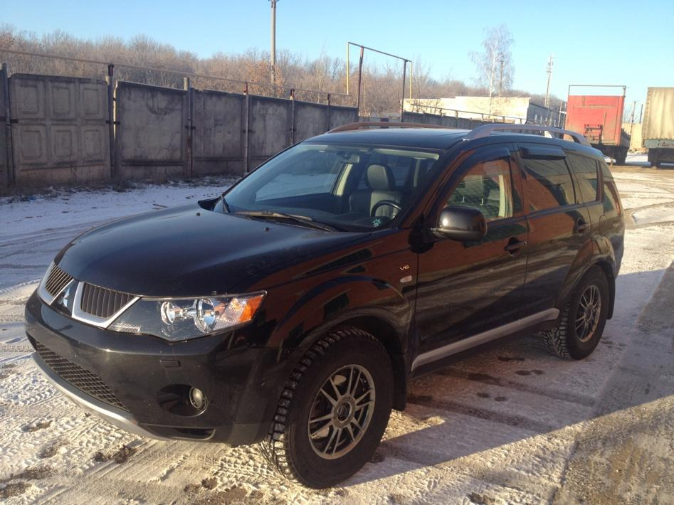mitsubishi-outlander-xl-3-0-220hp-4wd-at