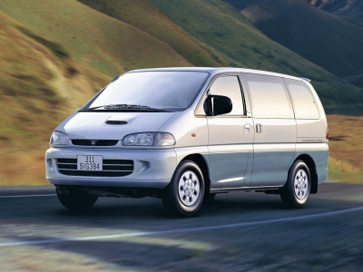 mitsubishi_space-gear_minivan