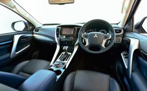 характеристики Mitsubishi pajero sport 2016